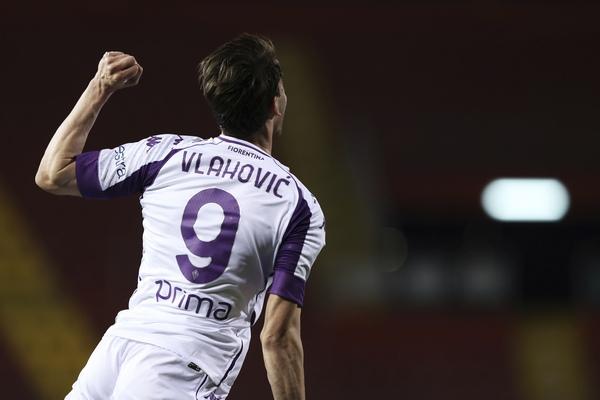 I Roma stala u red za Vlahovića