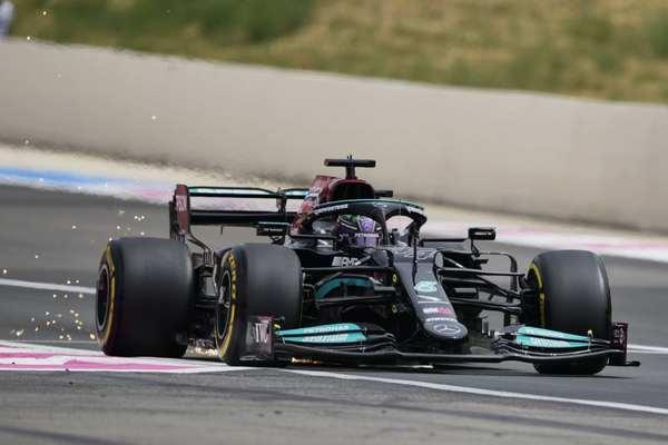 F1: Ferstapen osvojio Pol Rikar, Hamilton izgubio ono što inače nikada ne čini