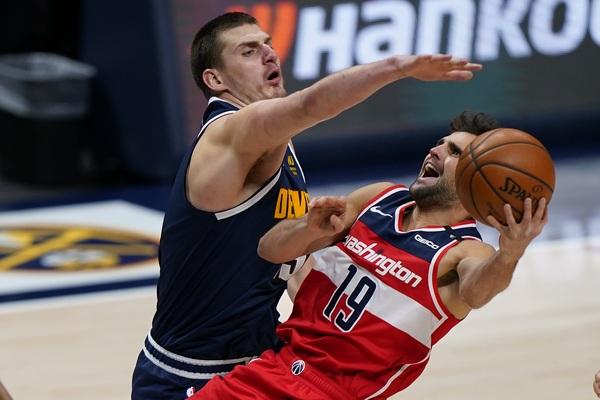 NBA: Dabl-dabl Jokića u porazu Denvera... Opet!