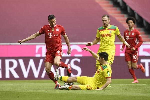 BL: Bajern siguran sa pet, a Dortmund sa tri komada u mreži rivala
