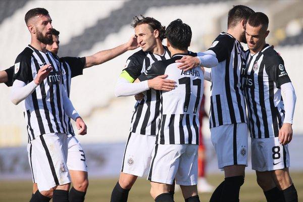 SL: Partizan je u velikom naletu, šesticom protiv Inđije upisana 13. uzastopna pobeda!